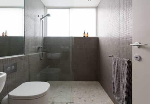 Ferretería - Puertas para baño